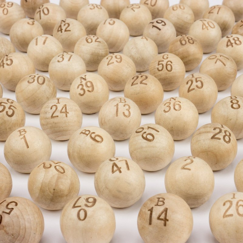 Casino Supply Wooden Bingo Balls: 7/8 Inch, Set of 75